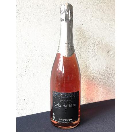 Rosé effervescent by PGC